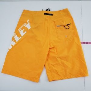 Oakley board shorts size 30 N36